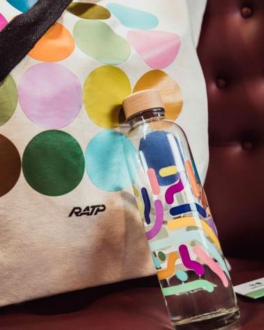 Sac shopping XXL couleurs des lignes de métro en coton - RATP la ligne - zoom - posé sur un fauteuil